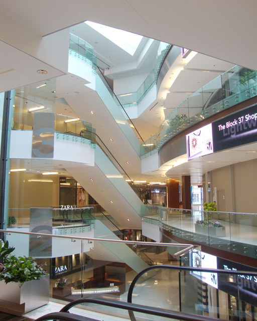 B37-atrium